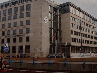 Bezirk Oberbayern spart an Schwerbehinderten und verprasst 42.875 Euro für Profitennis