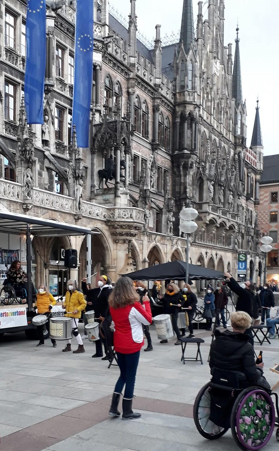 Demo auf dem Marienplatz in München